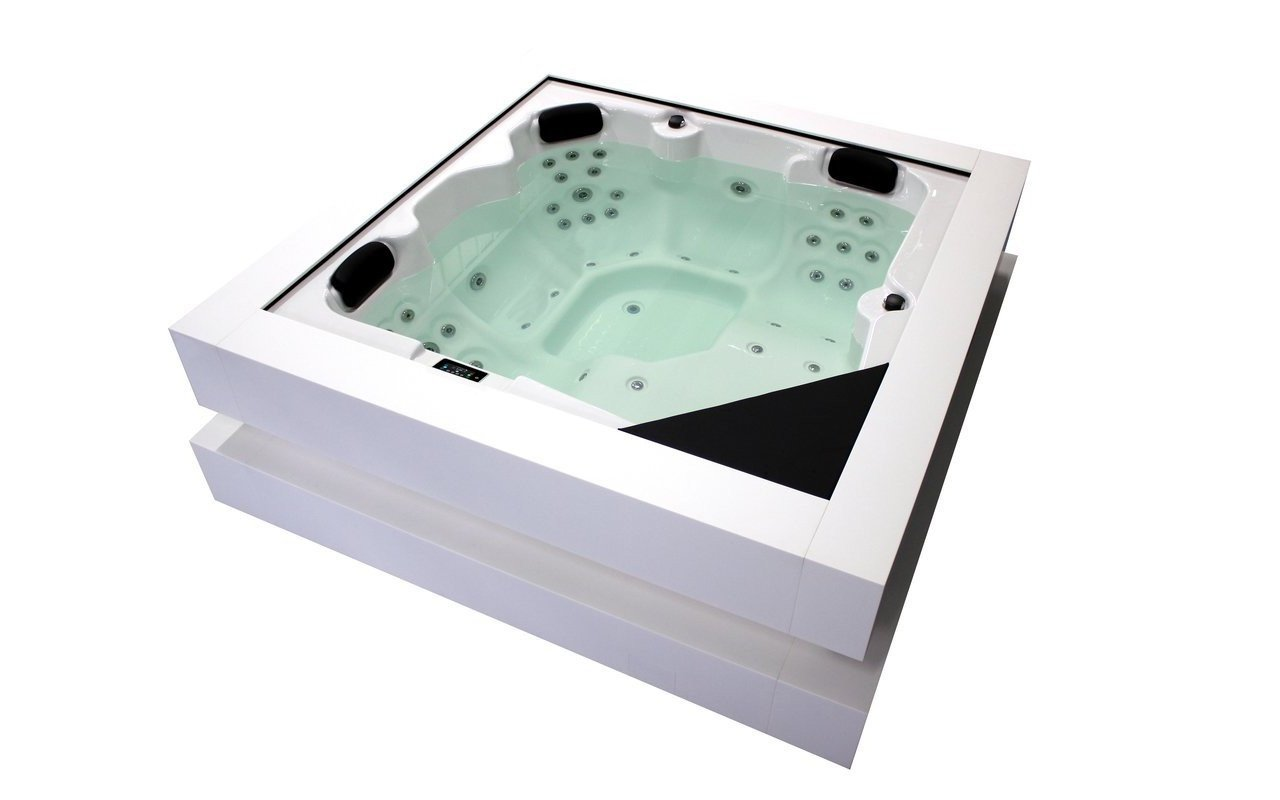 Aquatica Tessera 2 Outdoor Hot Tub 02 (web)