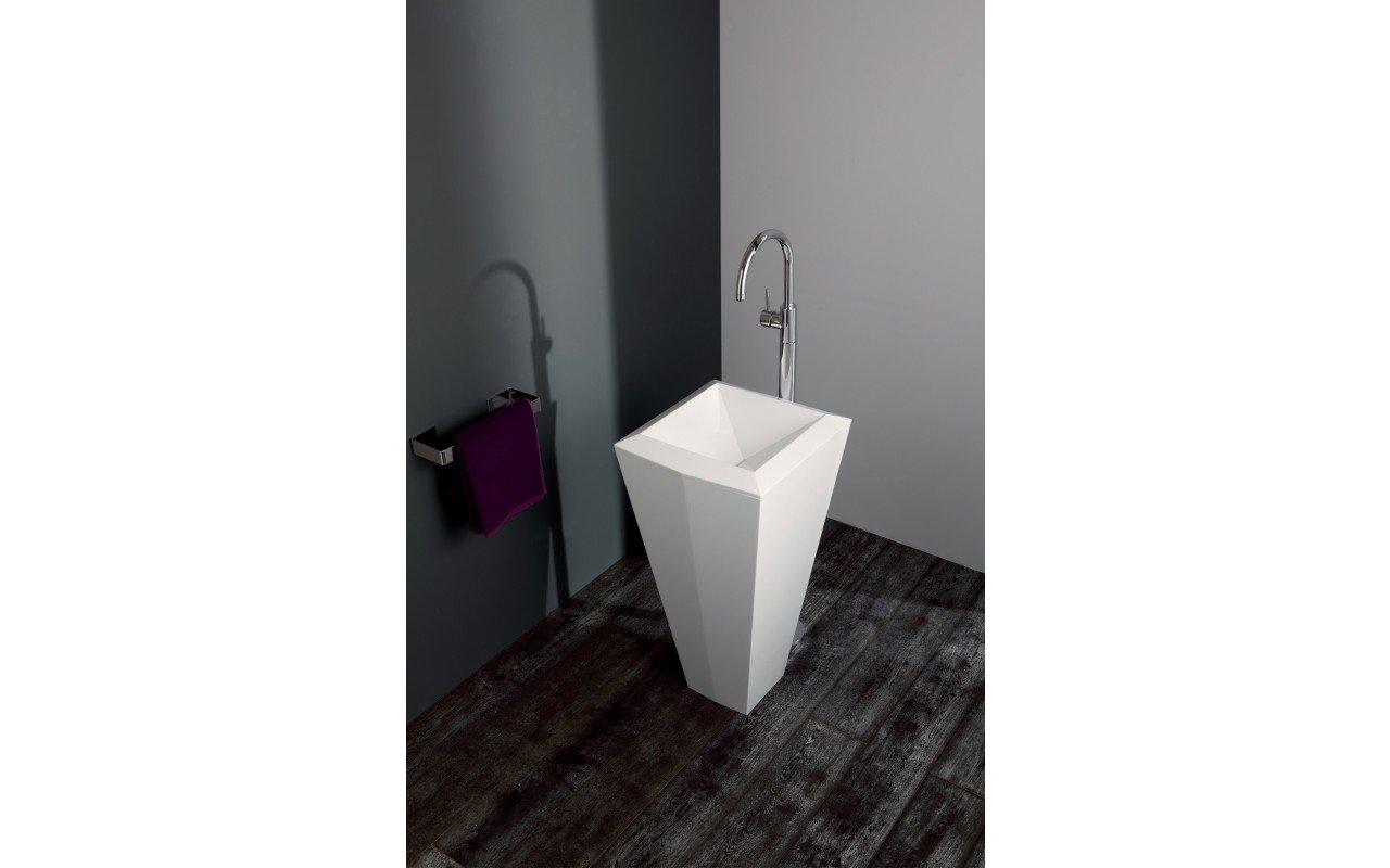 Crystal Freestanding Washbasin 07 web