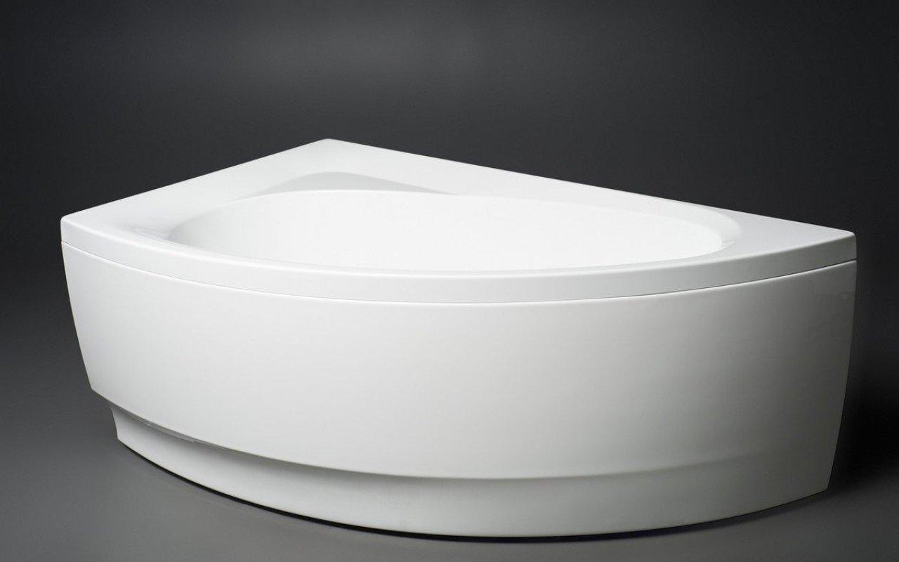 Parete Per Vasca Da Bagno Angolare : Idea r wht la vasca da bagno ad angolo di aquatica in materiale