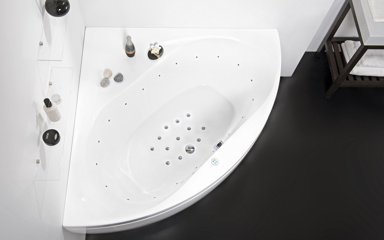 Olivia Relax Corner Acrylic Air Massage Bathtub by Aquatica web DSC2635