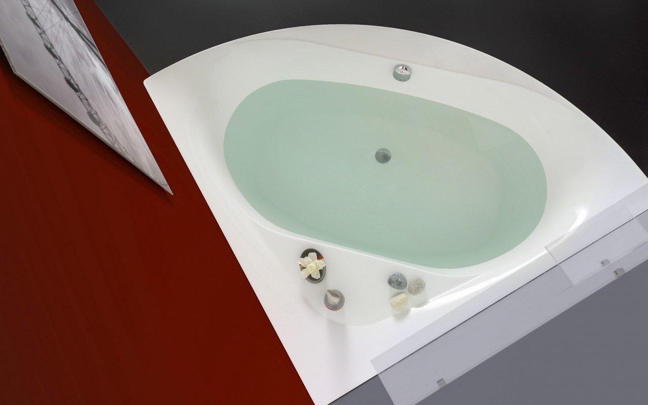 Olivia Wht Corner Acrylic Bathtub web (1)