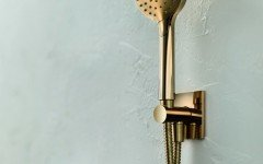 Aquatica RD 250 Handshower with Holder and Hose in Gold 01 (web)