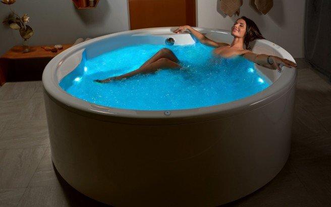 Aquatica allegra wht spa jetted bathtub usa web 04