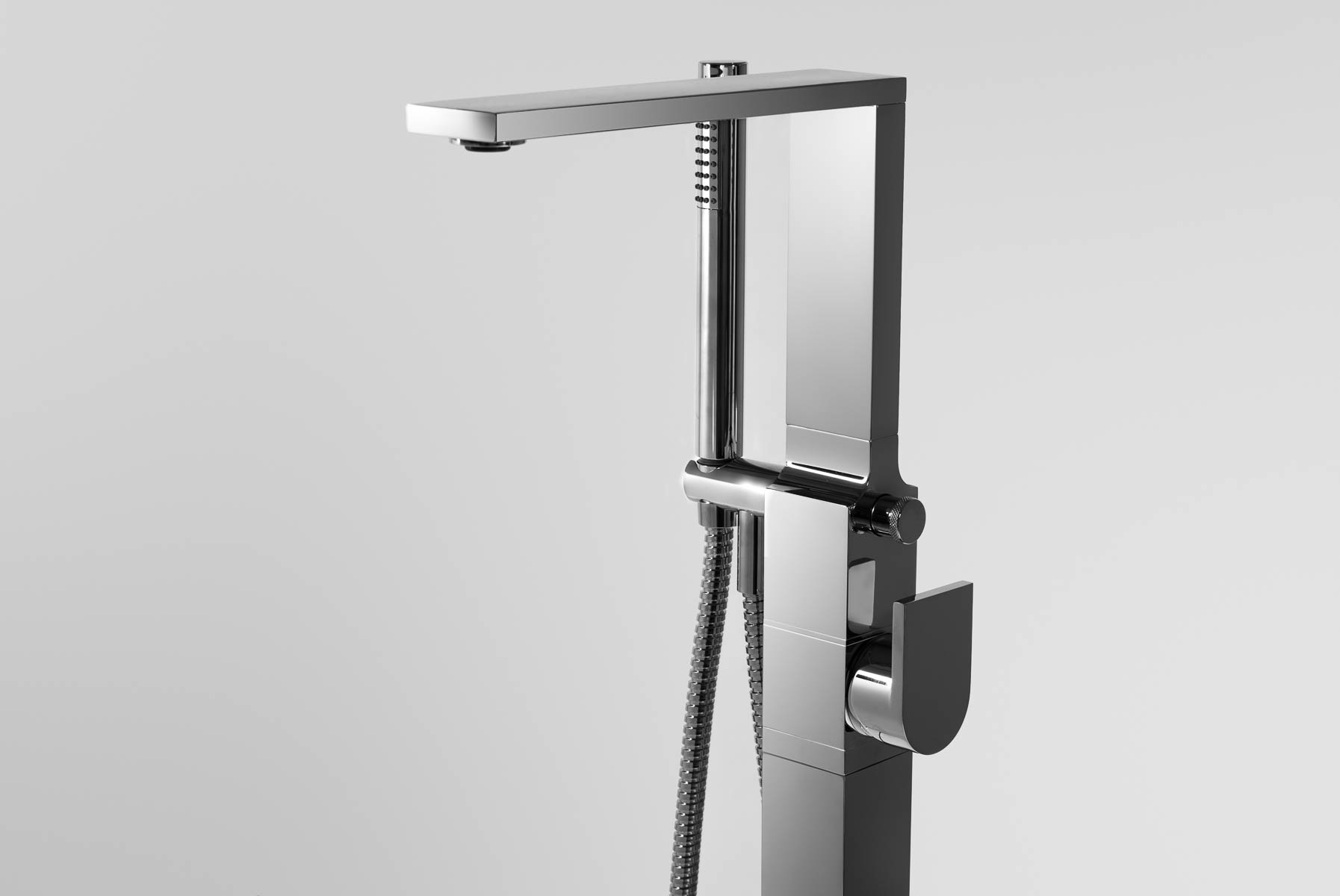 Aquatica Metro (B700 CP) Floor Mounted Tub Filler SDF2503 WEB