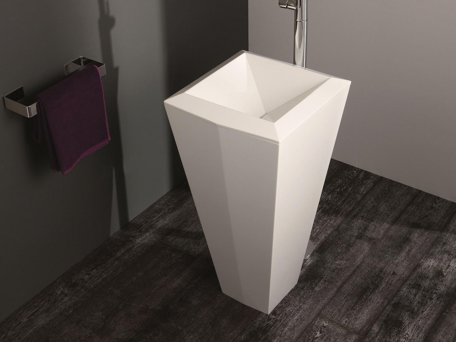 Crystal Freestanding Washbasin 08 web