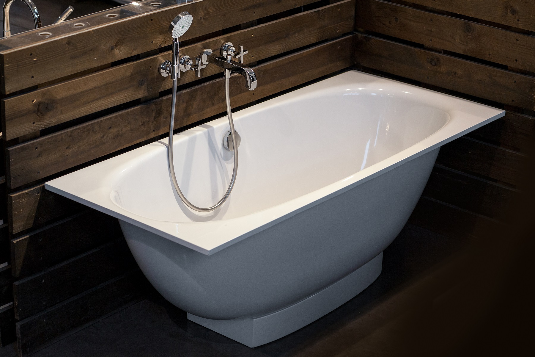Scarico Della Vasca Da Bagno In Inglese : Gemina rect wht™ by aquatica® la vasca da bagno freestanding