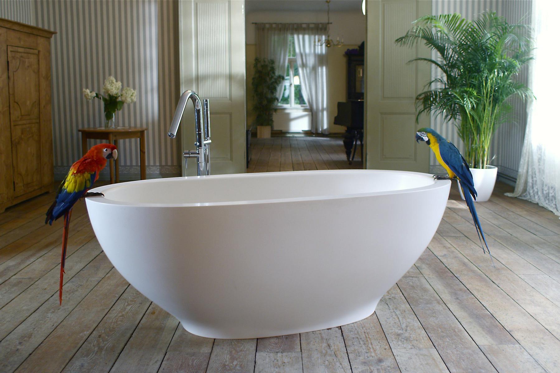 Vasca Da Bagno Legno Prezzo : Karolina wht la vasca freestanding di aquatica in pietra