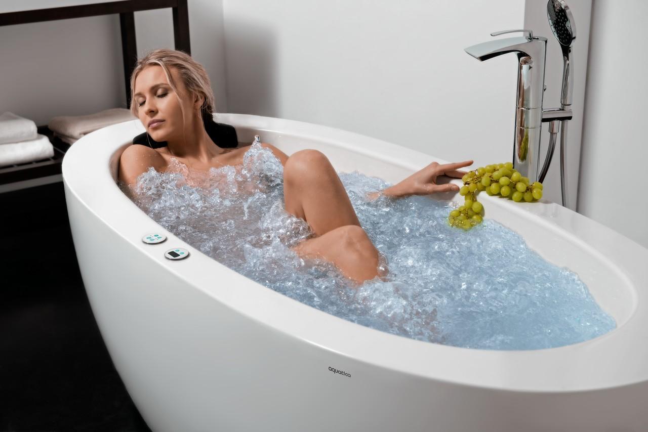 Aquatica purescape 174b wht relax pro vasca da bagno con for Vasca per tartaruga acquatica